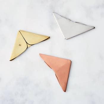 DIY Cute Origami Heart Shaped Bookmark | 350x350