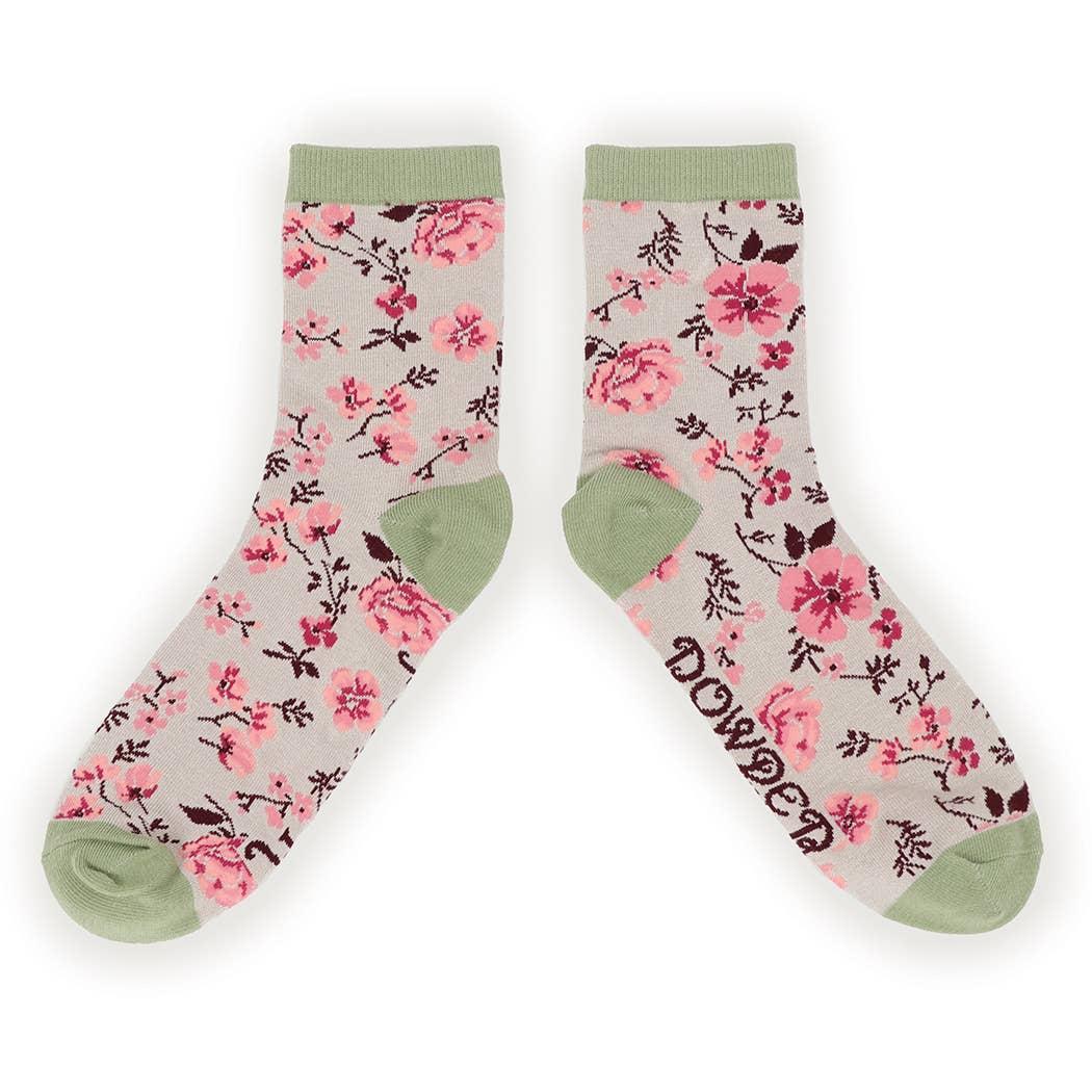Ladies Pink Pug Dog Trainer Sport Socks Soft Bamboo in Gift Bag Powder Design