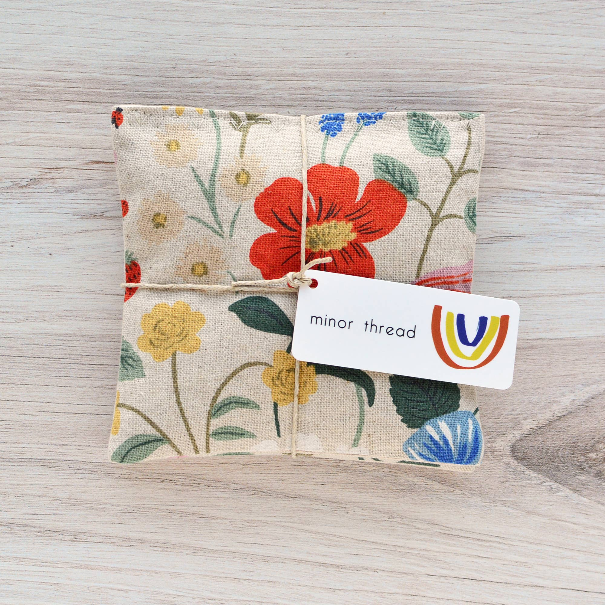 Set of 2 Natural Aromatherapy Organic Lavender Sachets in Kindred Fable Gold