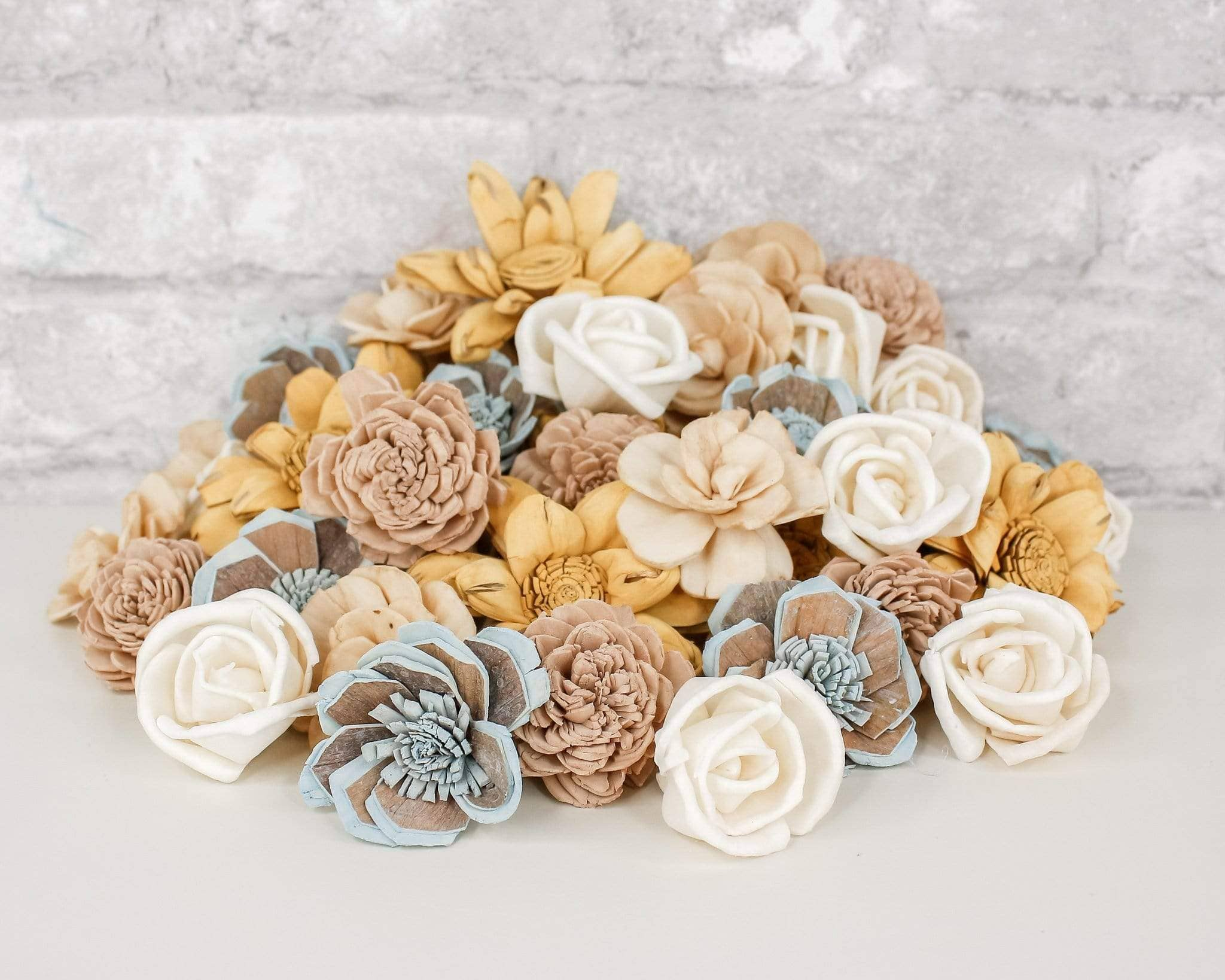 Sola Wood Flower Assortment RIP Dyed