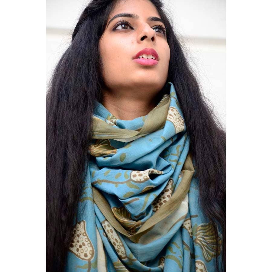 Soft Cashmere Scarf For Women Graphical Tropical Leaves Bright Pattern Vibrant In Pop Modern Summer Fashion Lady Shawls,Comfortable Warm Winter Scarfs