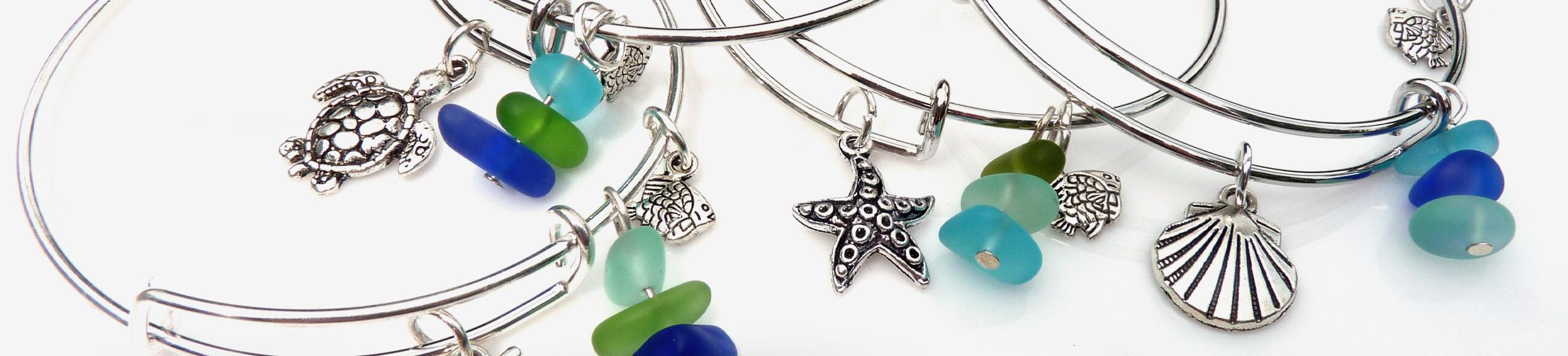 Coastlines Multicolored Glass Fish Bones Necklace Snazzy /& co