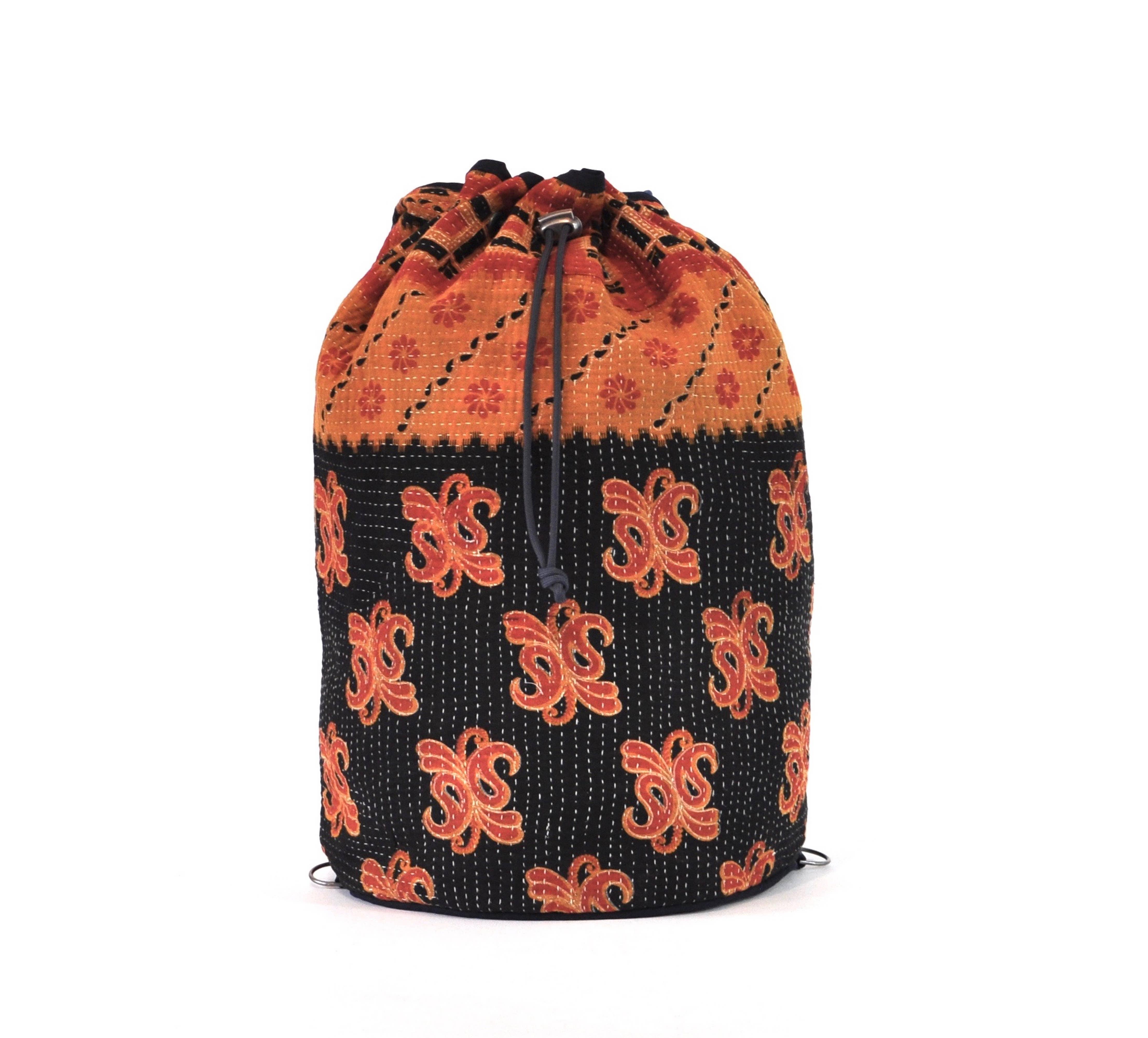 Yoga BagCrossbody Duffel Red Saffron /& Black Multi Motif