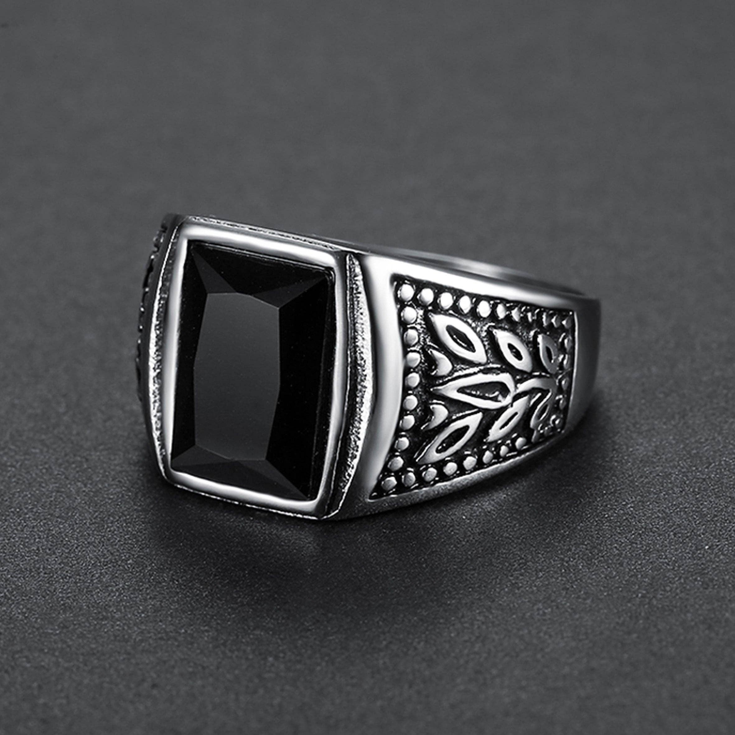 SEVEN50 Rectangular Signet Ring//Aged Signet Ring//Signet Ring//Gift for Him//Gift for Her//Mens Fashion Jewelry//Mens Jewelry//Ring